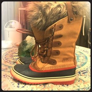 Sorel Joan Of Arc Winter Boots Size 9 Faux Fur